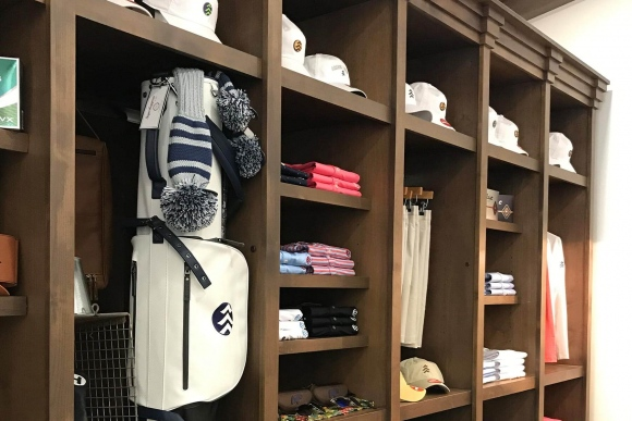 pgg-lookbook-golf-shop-2